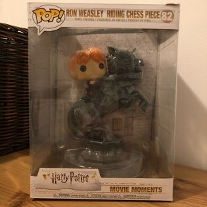 Funko Other - Harry Potter Funko Pop 82 Ron Weasley Chess Piece